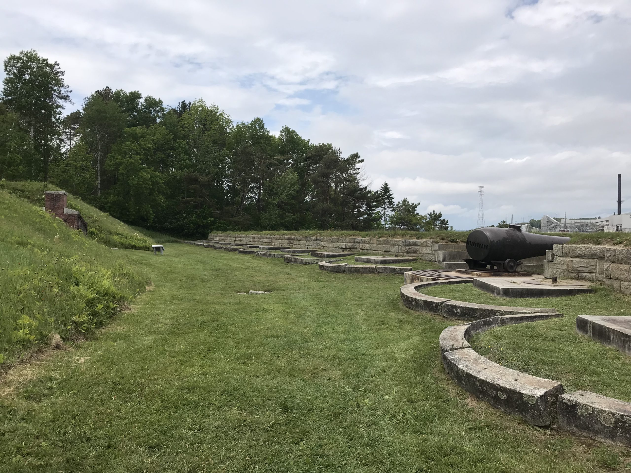 Lower outside area of Fort Knox near Cannons